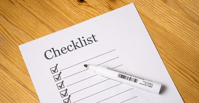 Checklist to keep track of New Year's resolutions for your home